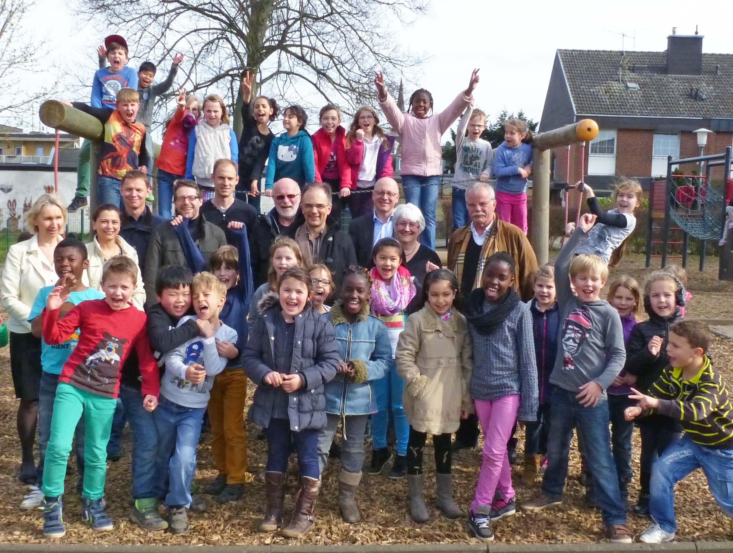 Zahnärzte Eschweiler beim Kinderschutzbund